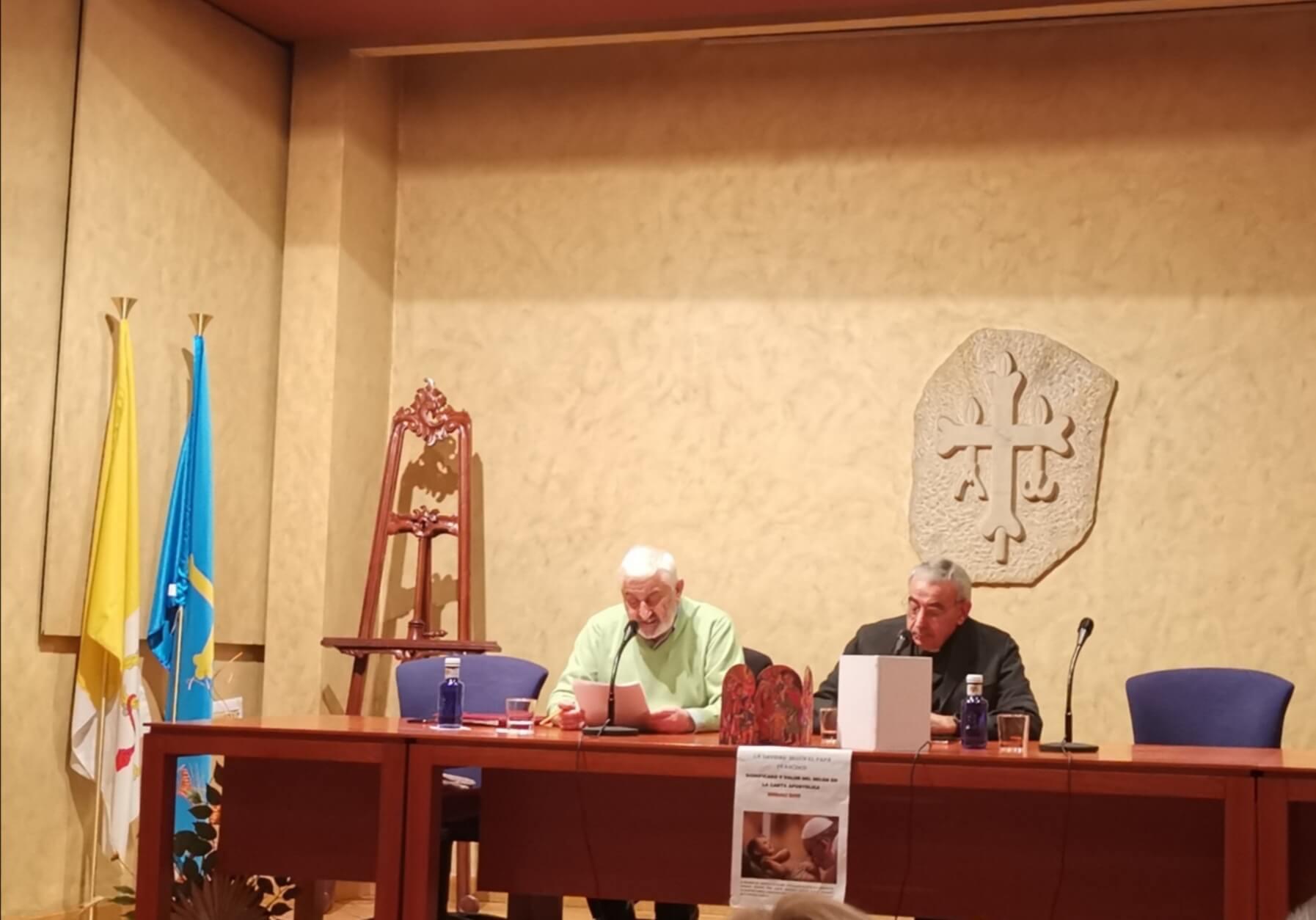 """Presentación de la Carta Apostólica """"Admirabile Signum"""" en la Basílica"""